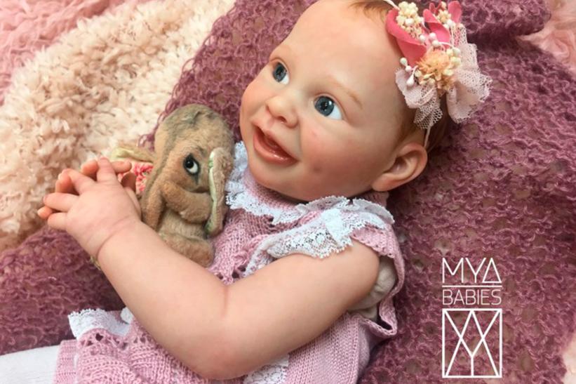 MYA * Bebé de Vinilo Hiperrealista de Edición Limitada
