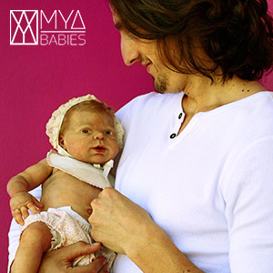 MYA Babies. Alejandro Fedriani con Azahara